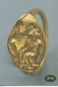 4. Postcard of Siegelring mit Liebespaar (Signet ring with lovers), 4 BCE, Pergamon Museum, Berlin