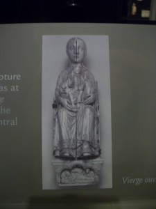 Photo of the Vierge Ouvrante closed. Walters Art Gallery, Baltimore